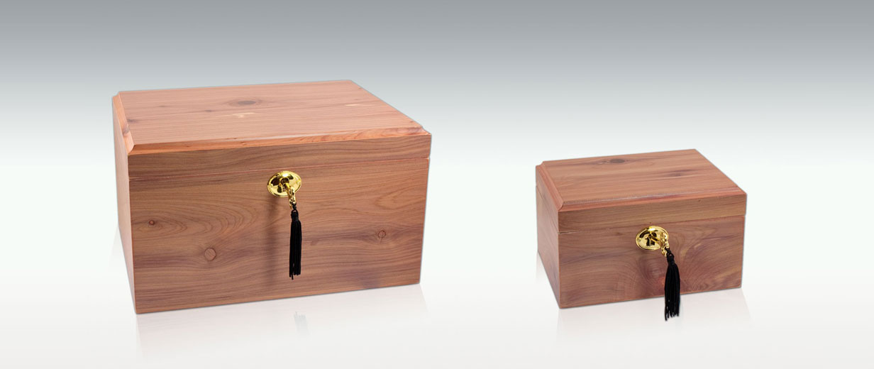 Classic Wooden Box in Cedar, small, medium and large
